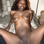 Jolie black sexy pour exhib en webcam