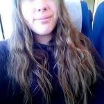 Pucelle timide de 18 ans veut vivre sa 1ere expérience sexuelle
